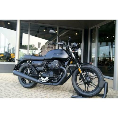 Moto Guzzi V7 III STONE NIGHT PACK ABS ASR (bj 2020)