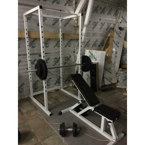 Fitness apparatuur dumbells etc